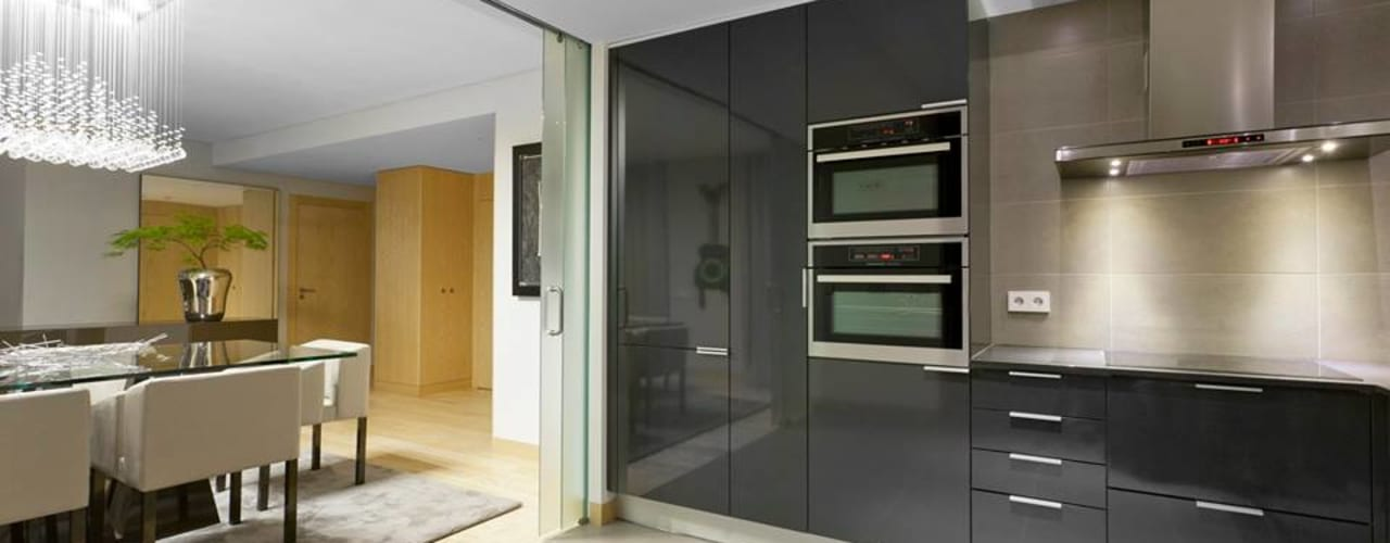 Spazio Park: Cozinhas  por Sónia Cruz - Arquitectura