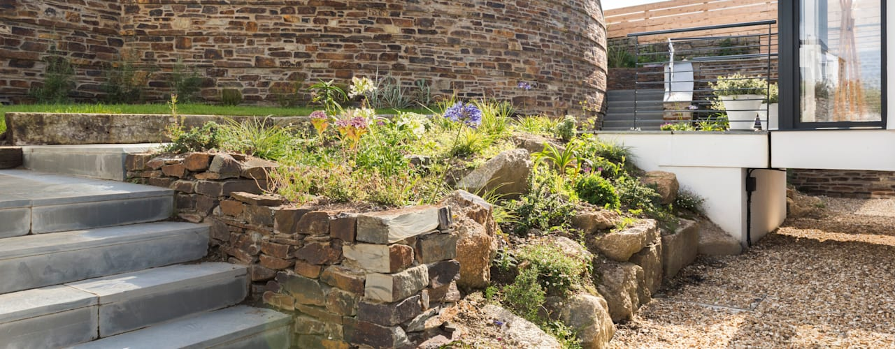 Jardins modernos por Laurence Associates