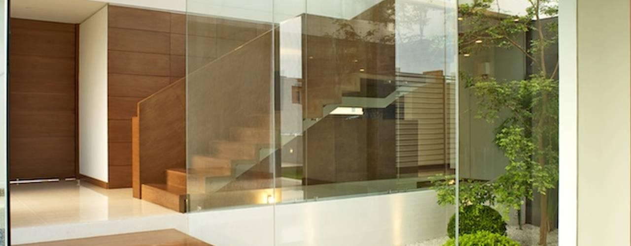 الممر والمدخل تنفيذ Tacher Arquitectos