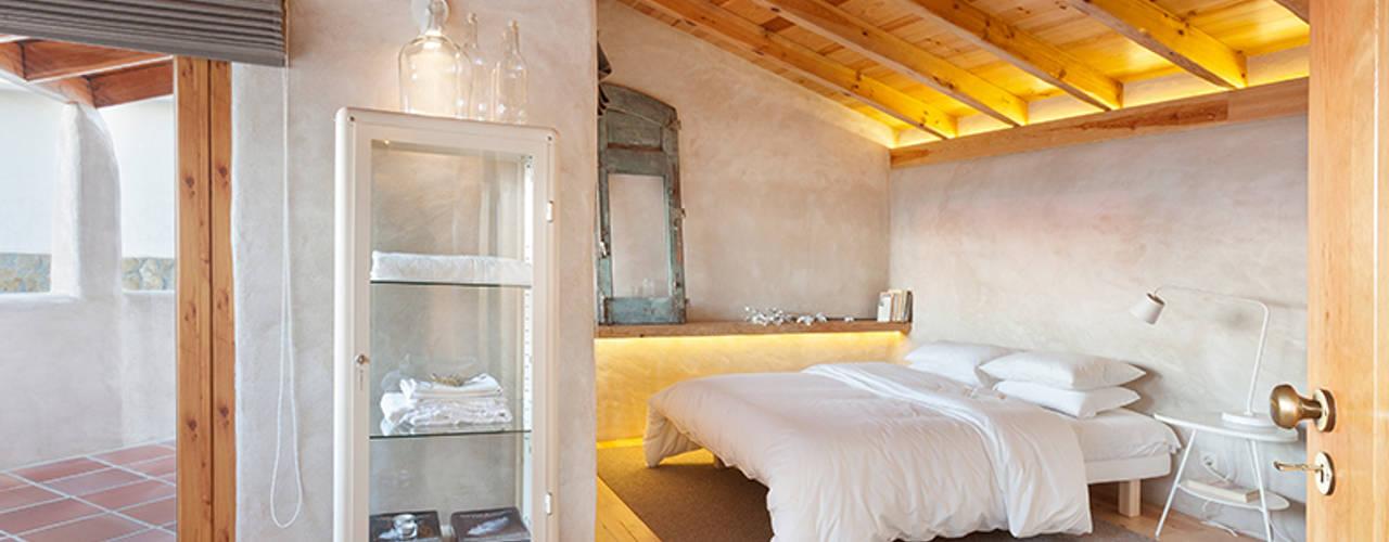 Landelijke slaapkamers van pedro quintela studio Landelijk