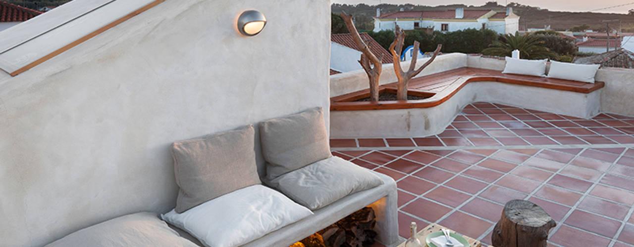 Terrazas de estilo  por pedro quintela studio