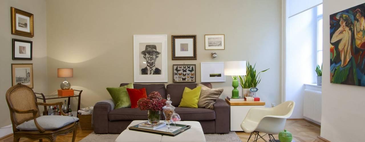 Salas de estilo clásico por Christian Hantschel Interior Design