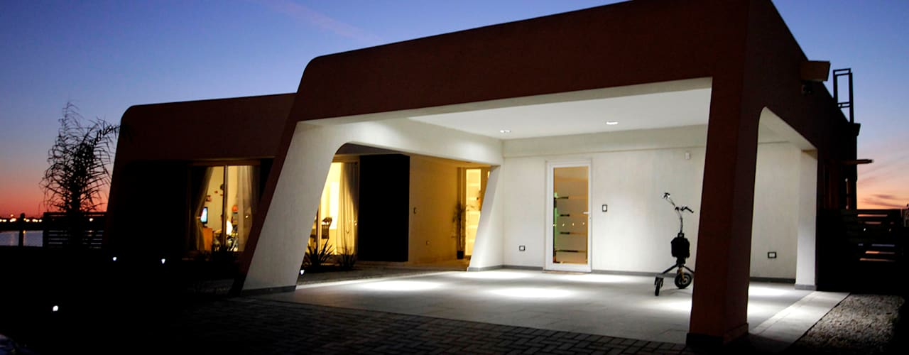 Garage/shed by MiD Arquitectura,