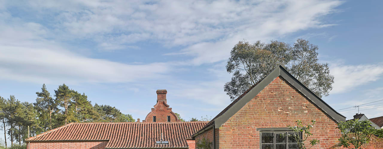 The Cow Shed, Suffolk Modern houses by Nash Baker Architects Ltd Modern