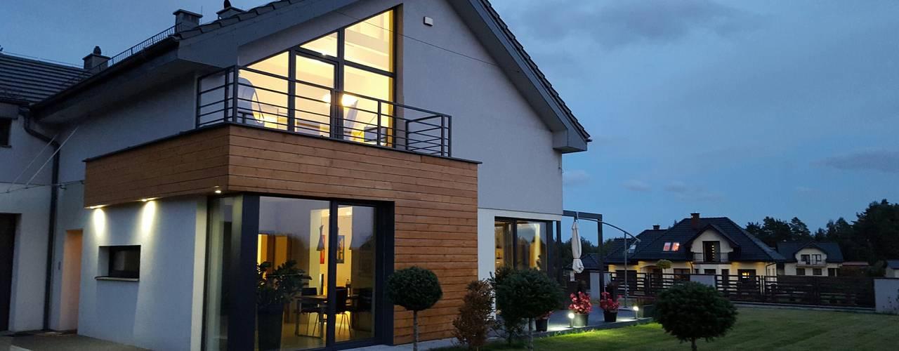Dom Chwaszczowo- Gdynia: styl , w kategorii Domy zaprojektowany przez Pracownia Projektowa Wioleta Stanisławska,Nowoczesny