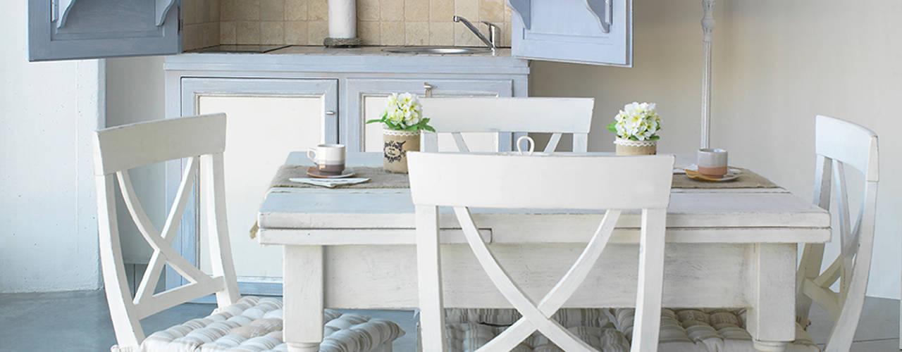 Minicucina attrezzata LA BOTTEGA DEL FALEGNAME Cucina in stile mediterraneo Legno massello Bianco
