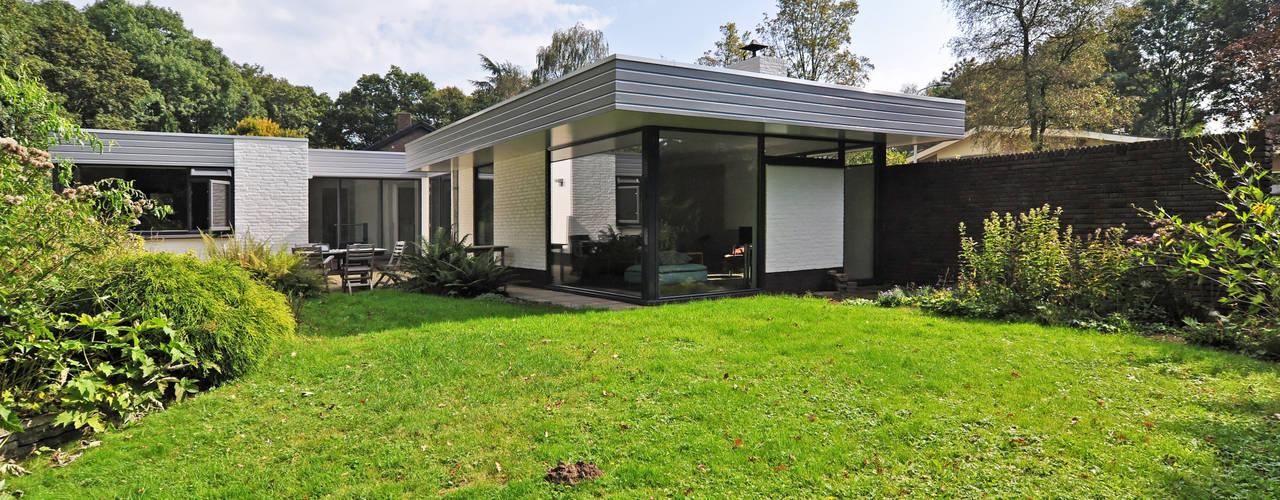 restyle jaren 70 bungalow van Duoplan Doetinchem Architecten