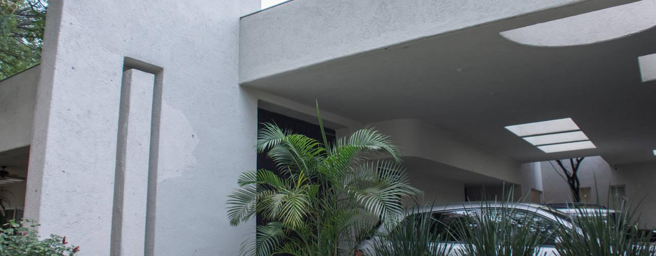 Garajes y galpones de estilo  por CH Proyectos