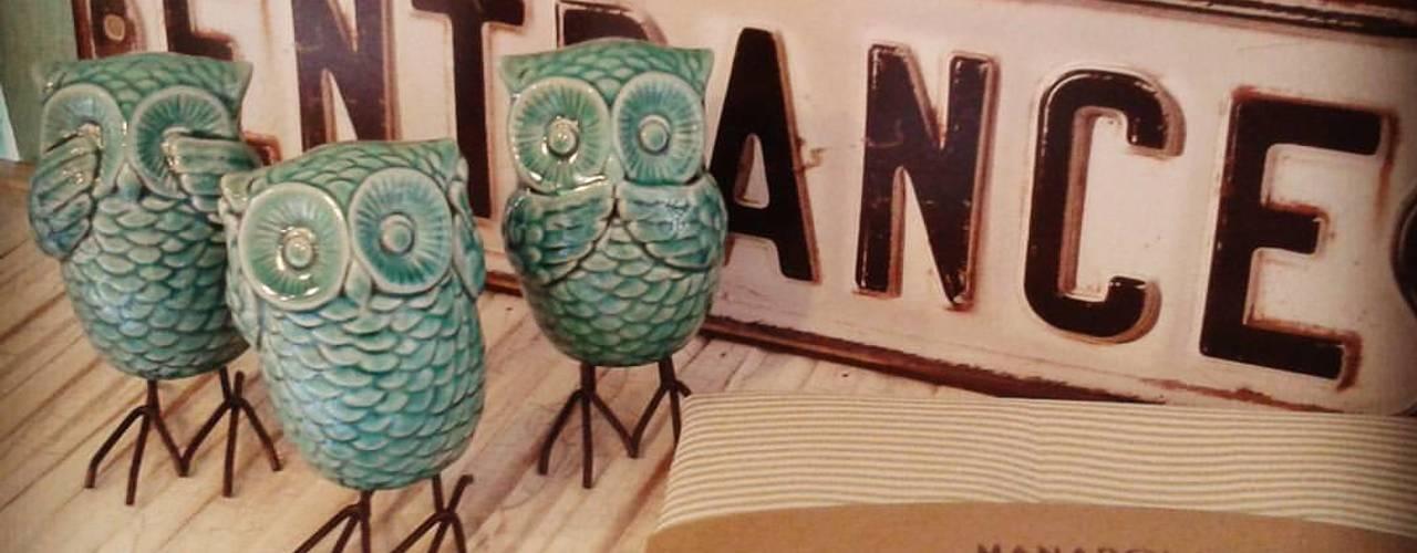 Decoracion para el hogar: Livings de estilo  por Manarola Objetos Vintage