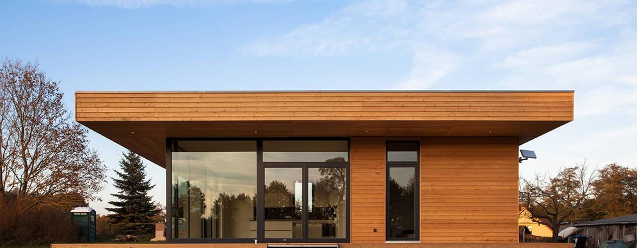 House W Дома в стиле модерн от Peter Ruge Architekten Модерн