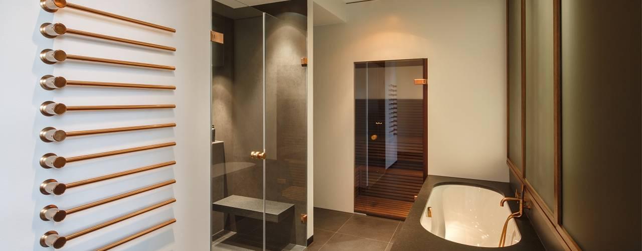 KJUBiK Innenarchitektur Modern Bathroom