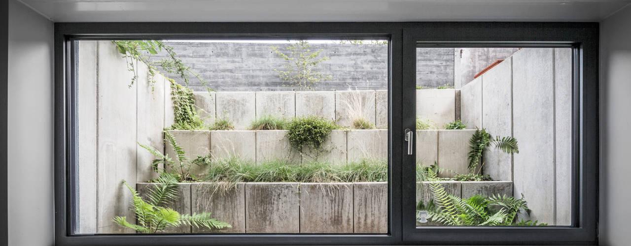 Projekty,  Ogród zaprojektowane przez Corneille Uedingslohmann Architekten