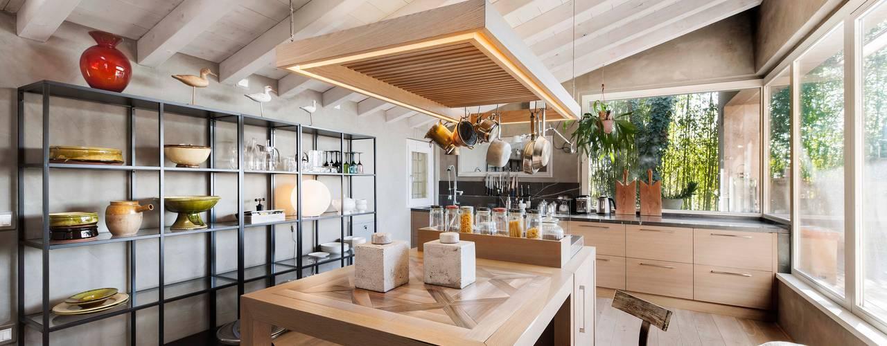 Studio Maggiore Architettura: Cucina in stile in stile Moderno di Studio Maggiore Architettura