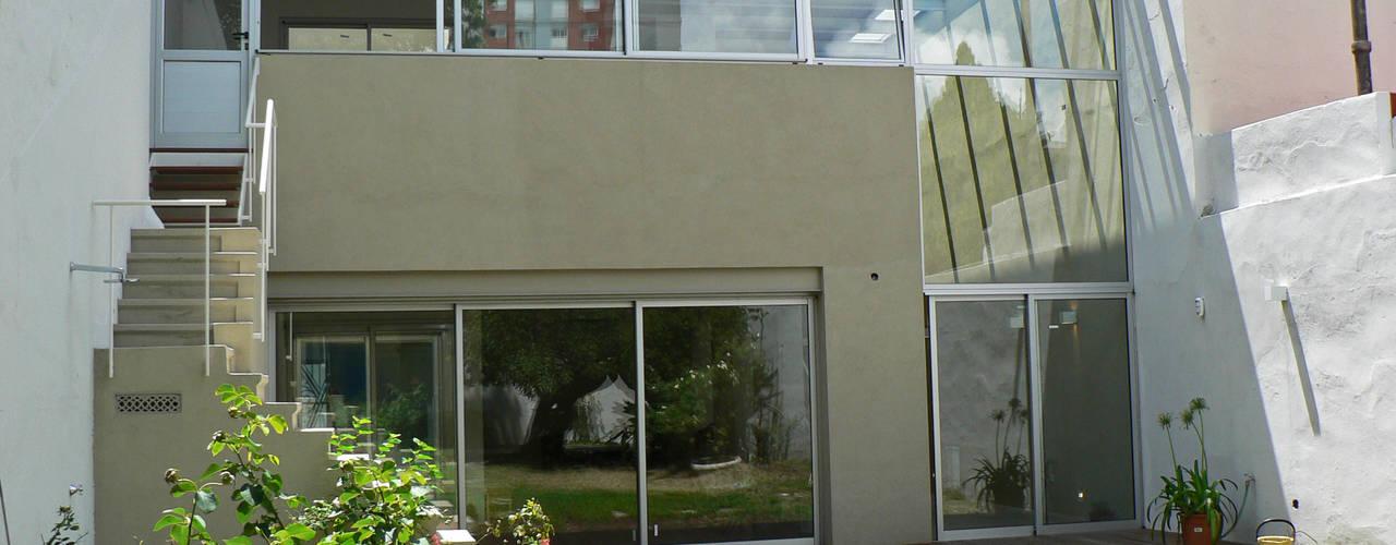 Paula Mariasch - Juana Grichener - Iris Grosserohde Arquitectura Modern houses