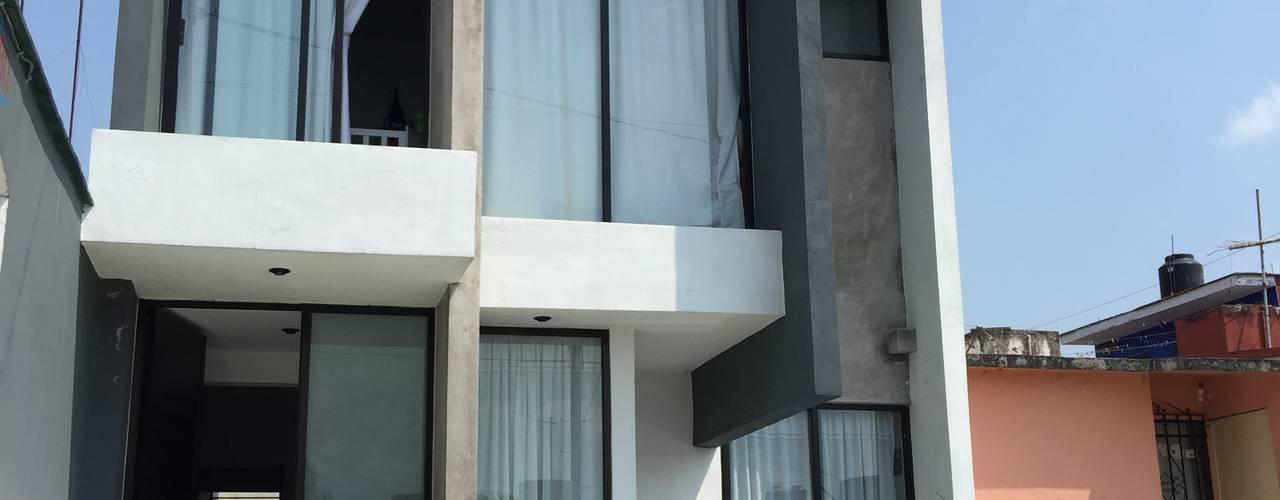 Casas  por Neutral Arquitectos