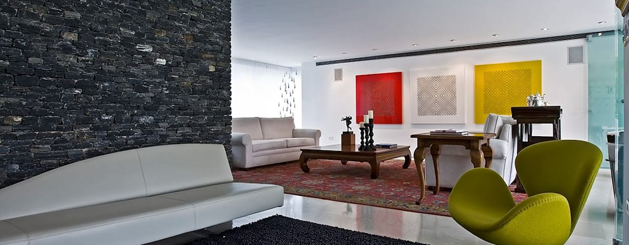 Salas / recibidores de estilo  por oda - oficina de arquitectura,