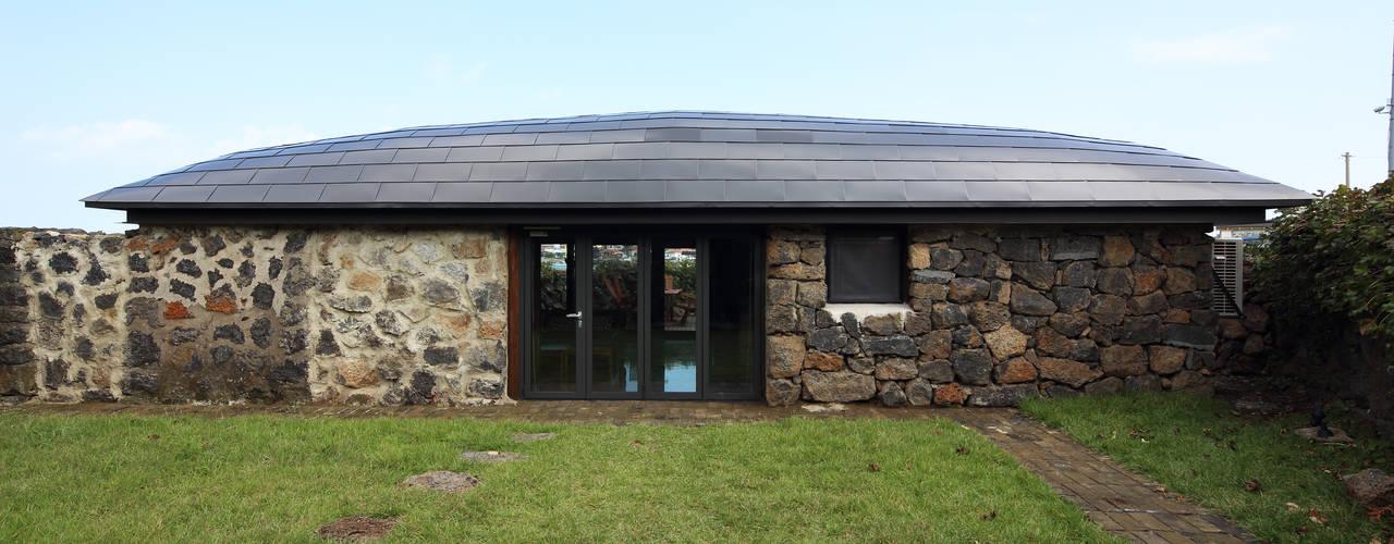 Casas de estilo rústico de Z_Lab Rústico