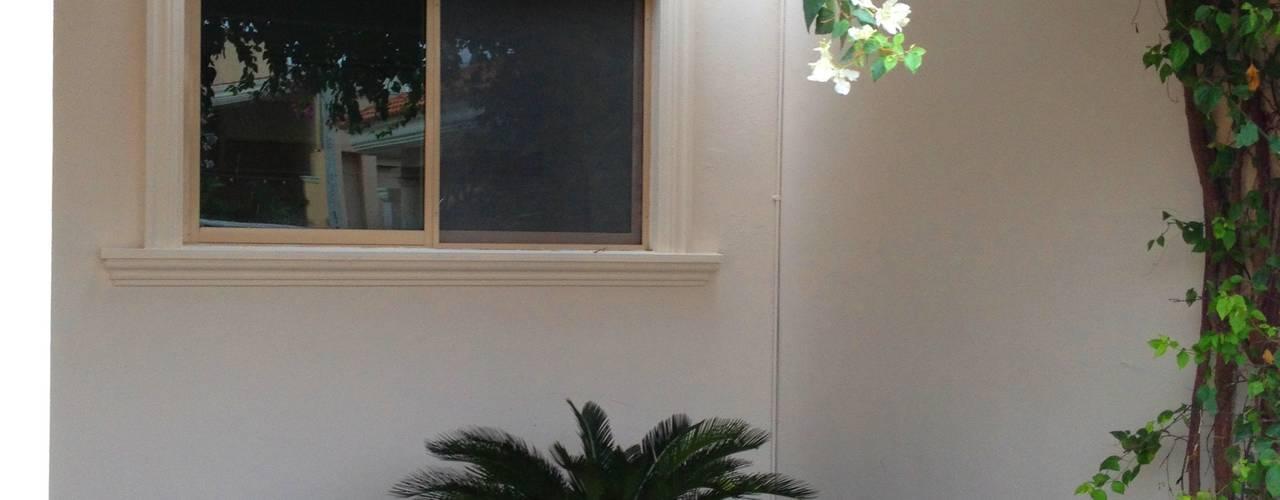 Jardines de estilo moderno de EcoEntorno Paisajismo Urbano Moderno