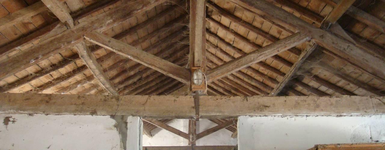 Sítio da Lezíria Nowoczesne ściany i podłogi od Atelier Data Lda Nowoczesny