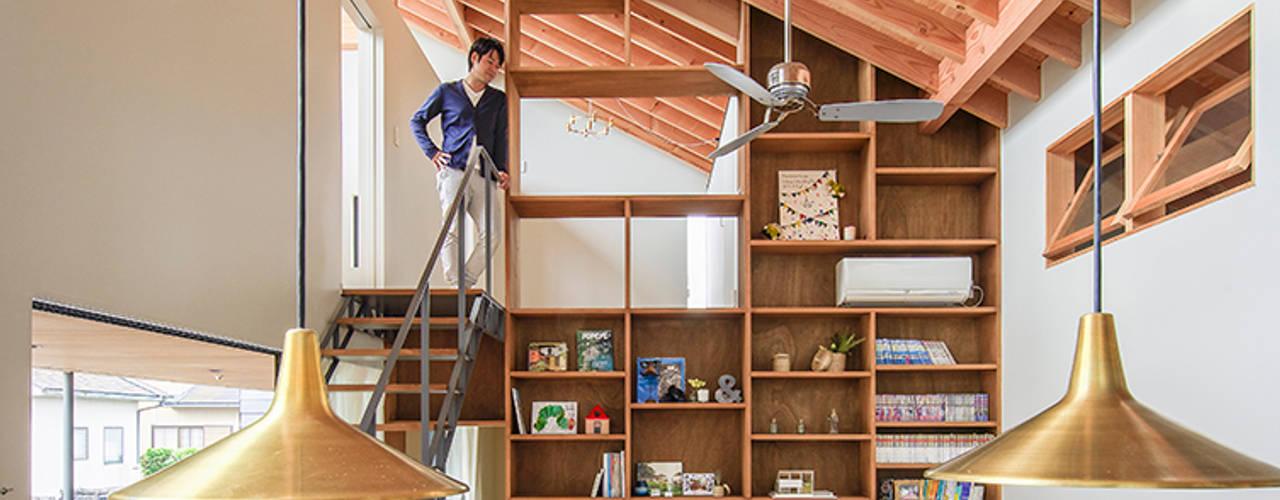 nobuyoshi hayashi Ruang Keluarga Gaya Eklektik