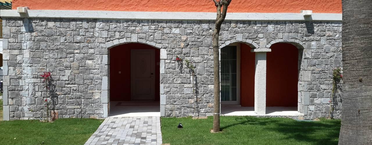 Casas de estilo mediterráneo de Celebi Yapı Mediterráneo