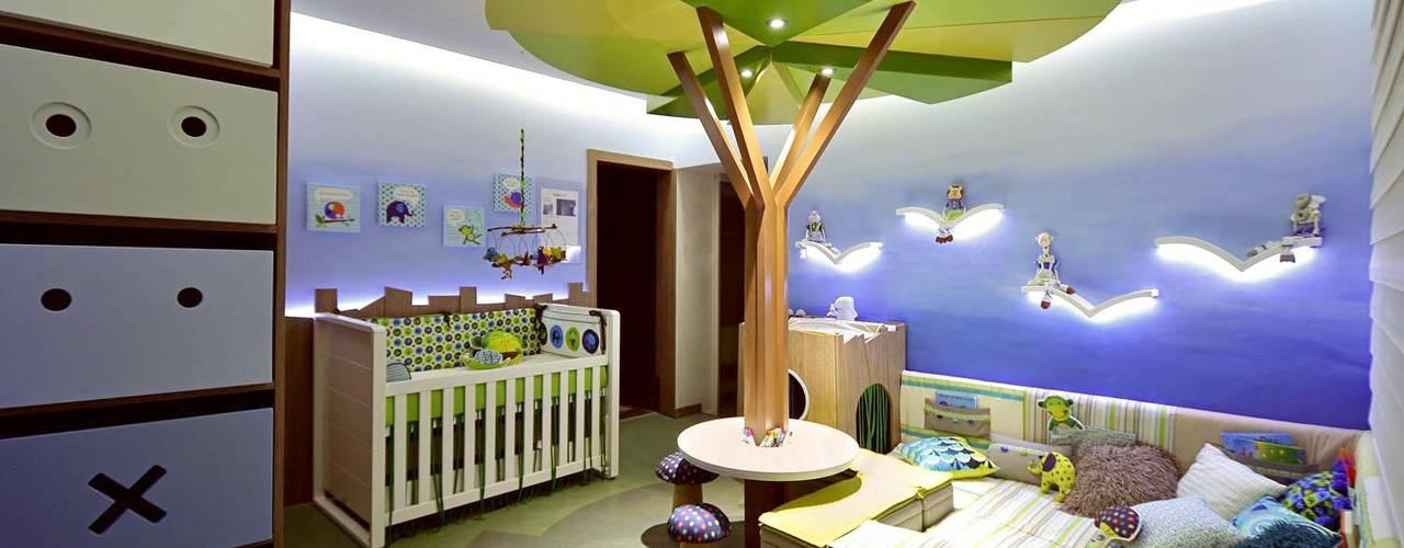 Nowoczesny pokój dziecięcy od Mundstock Arquitetura Nowoczesny