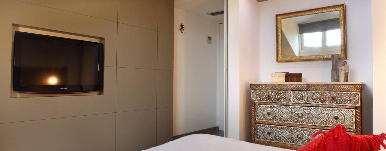 Dormitorios de estilo  por studio ferlazzo natoli