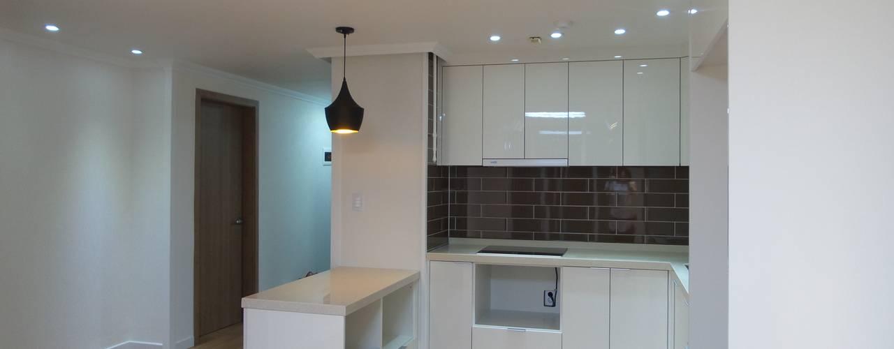 Kitchen by 디자인 컴퍼니 에스