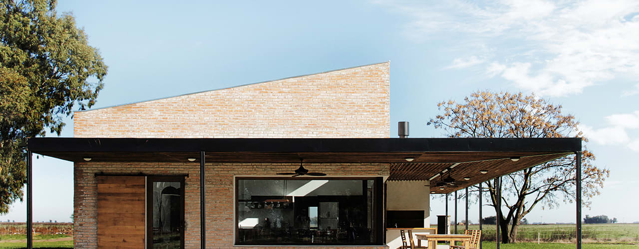 Country style houses by BAM! arquitectura Country