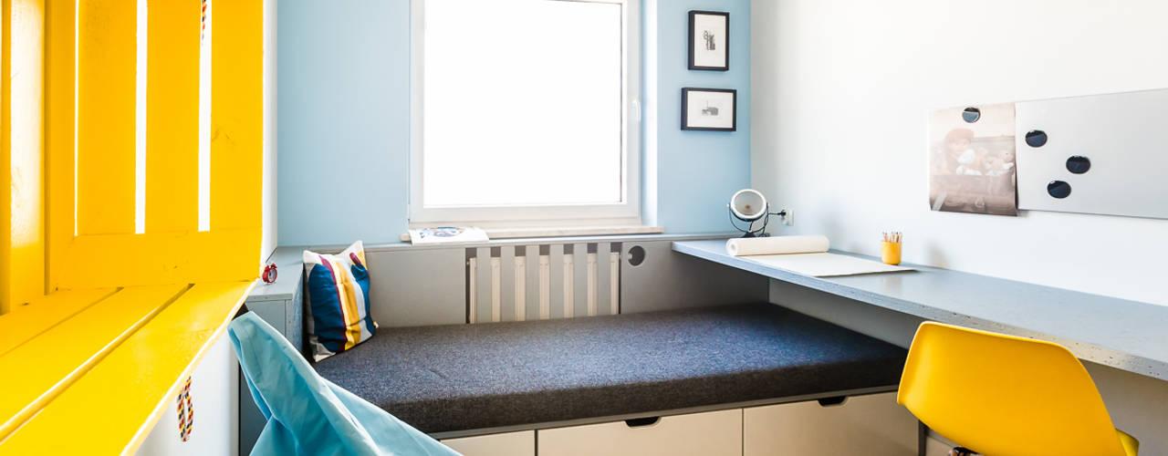 Habitaciones para niños de estilo ecléctico de dekoratorka.pl Ecléctico
