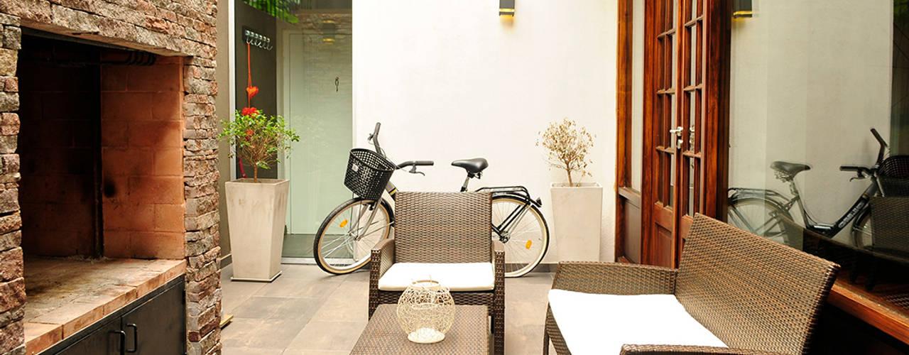 Capital III Casas de estilo minimalista de Radrizzani Rioja Arquitectos Minimalista