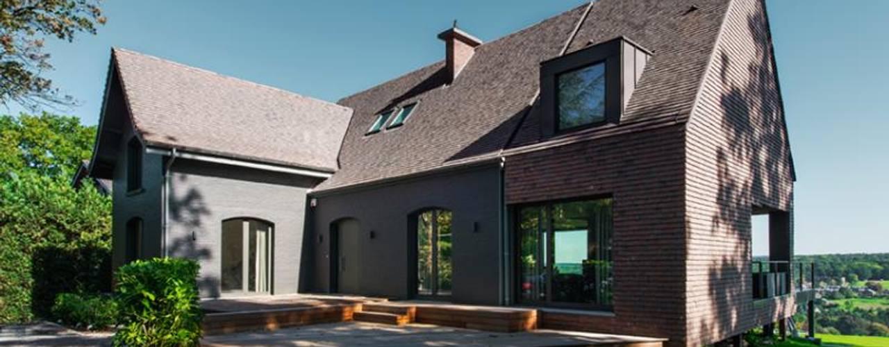 modern Houses by BURO5 - architectes & associés