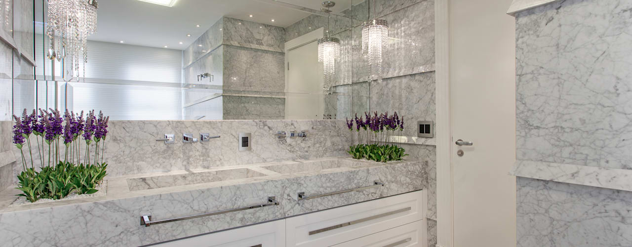 Phòng tắm phong cách hiện đại bởi Designer de Interiores e Paisagista Iara Kílaris Hiện đại