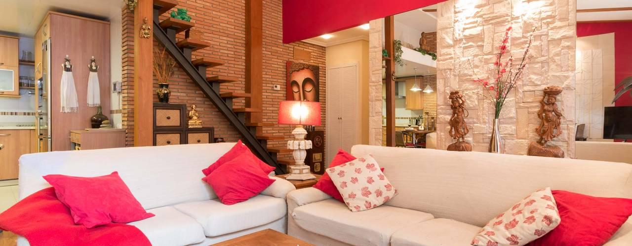 Living room by Narai Decor