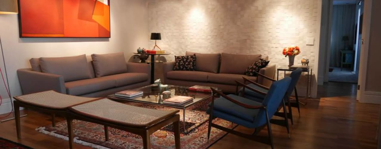 غرفة المعيشة تنفيذ Priolli Galuppo Arquitetura e Design