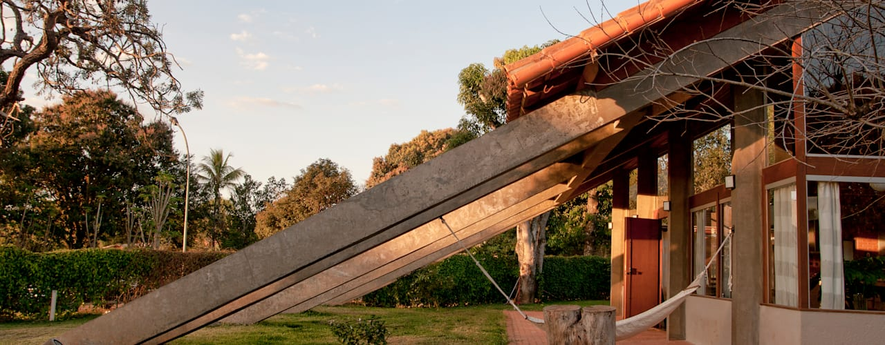 Nhà phong cách mộc mạc bởi Quinta Mộc mạc