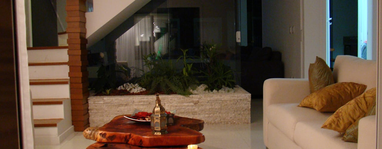 Salas de estilo rústico por Tupinanquim Arquitetura Brasilis