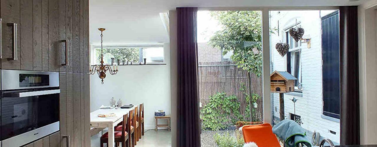 Woonhuis EABR Veldhoven:  Keuken door 2architecten,