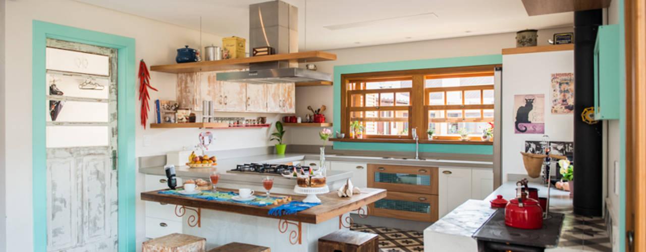 Cocinas de estilo colonial de Falchetti Concept Colonial