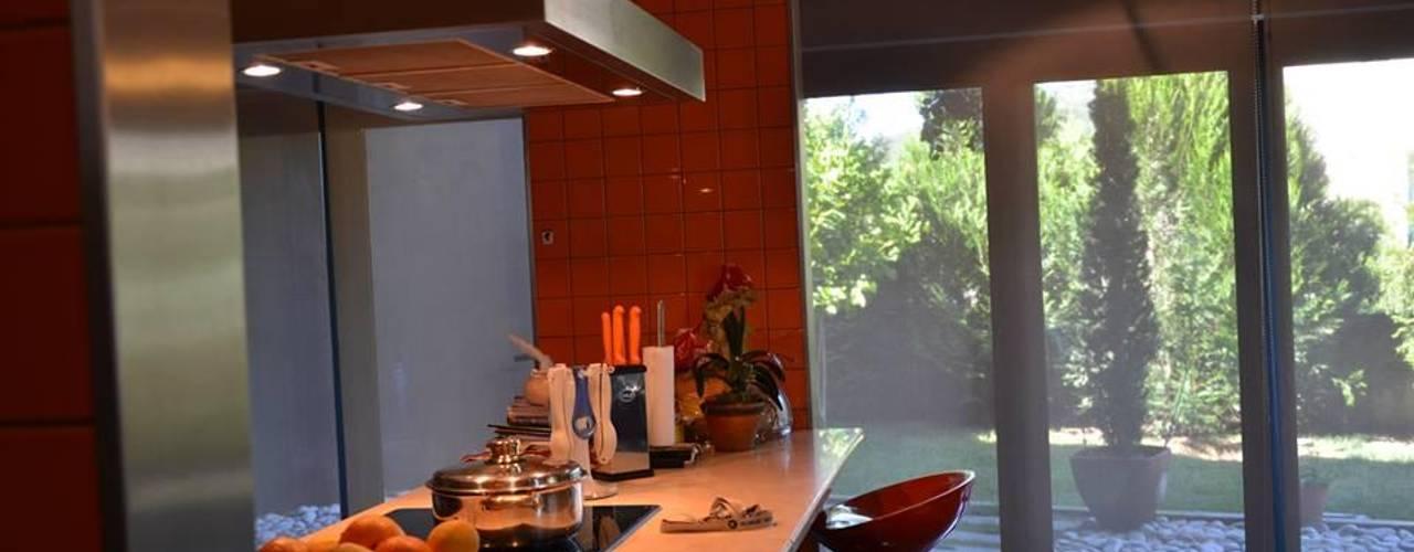 Projekty,  Kuchnia zaprojektowane przez Dynamic444