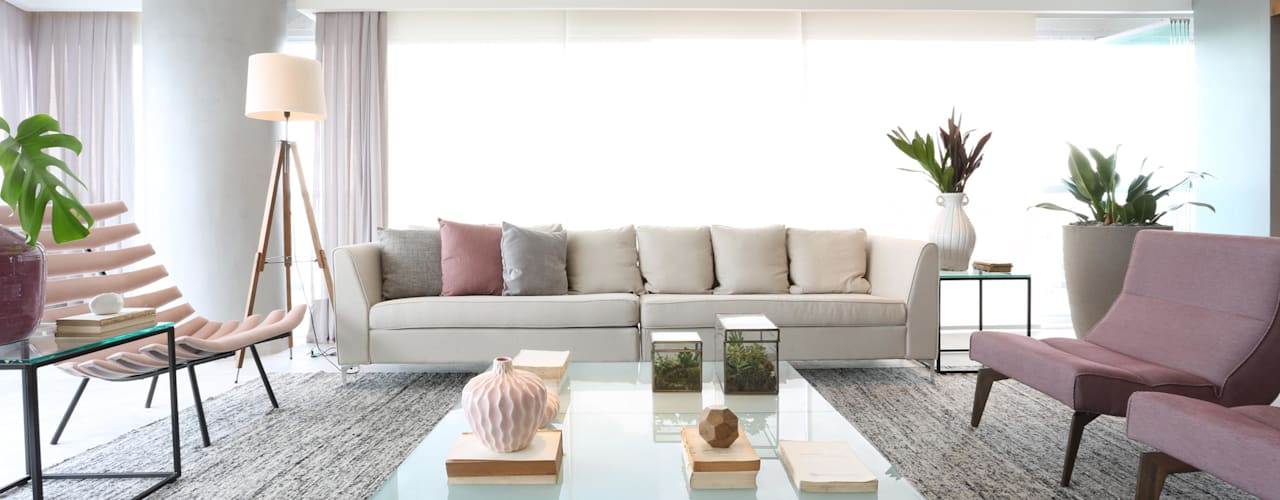 Salon minimaliste par Léo Shehtman Arquitetura e Design Minimaliste