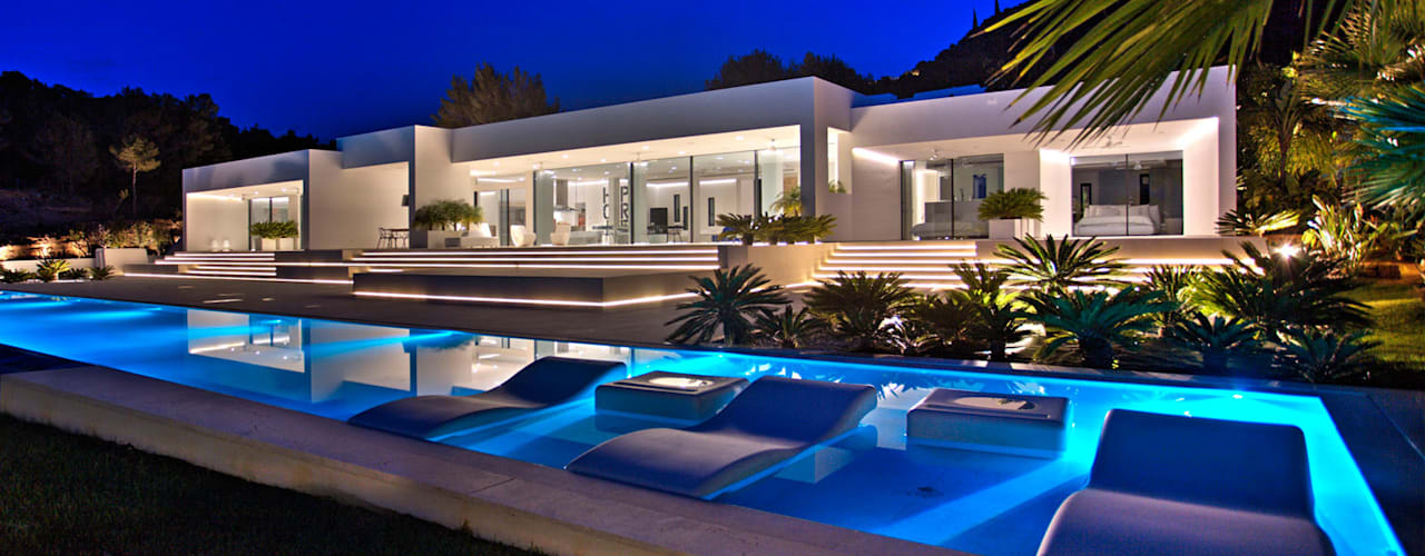 Pool by MG&AG.ARQUITECTOS