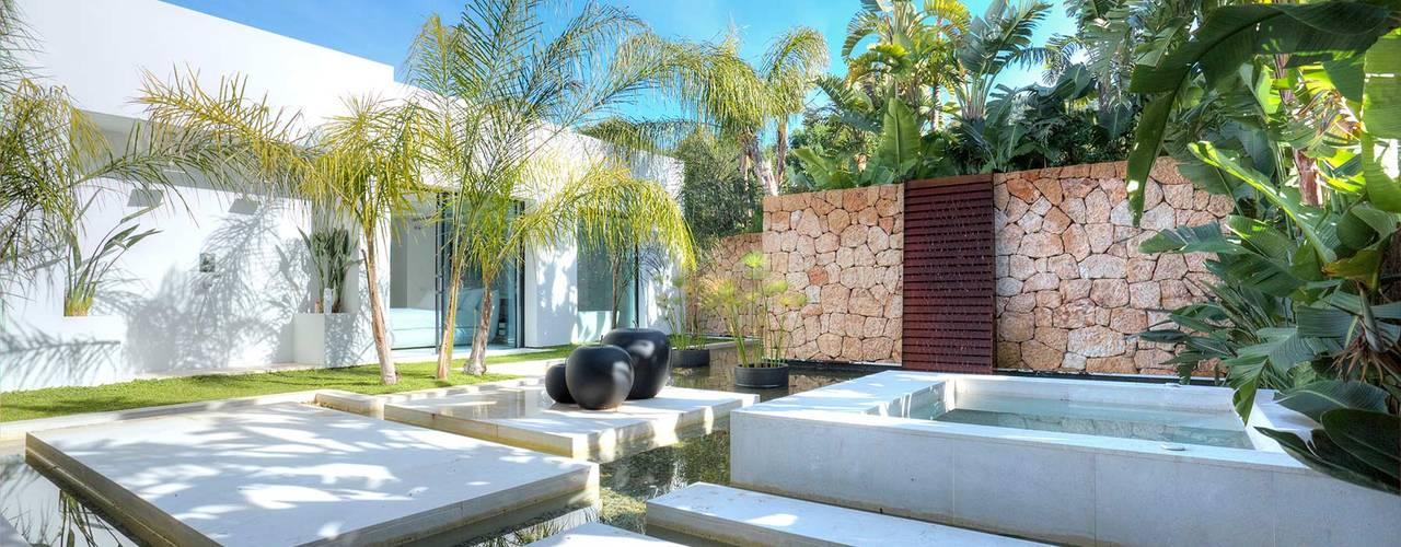Jardines de estilo  por MG&AG.ARQUITECTOS