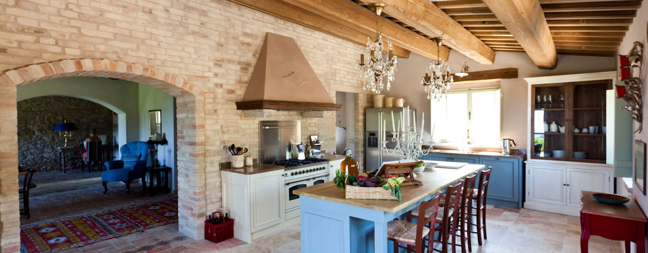 rustic Kitchen by Ing. Vitale Grisostomi Travaglini