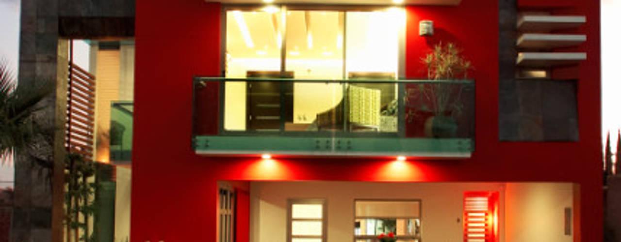 Casas de estilo  por arketipo-taller de arquitectura