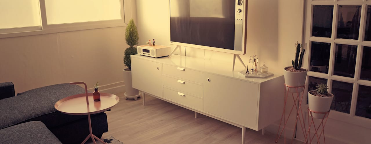 신혼집 20평대 self interior: toki의  침실