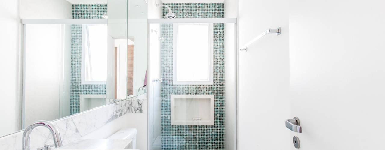 浴室 by Paula Carvalho Arquitetura