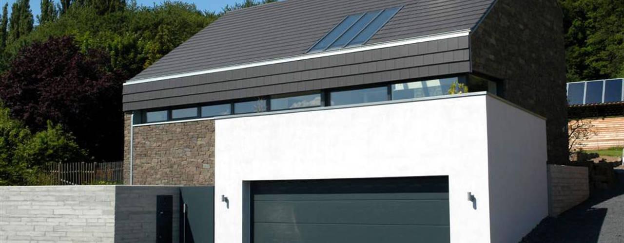 Projekty,  Domy zaprojektowane przez Noesser Padberg Architekten GmbH