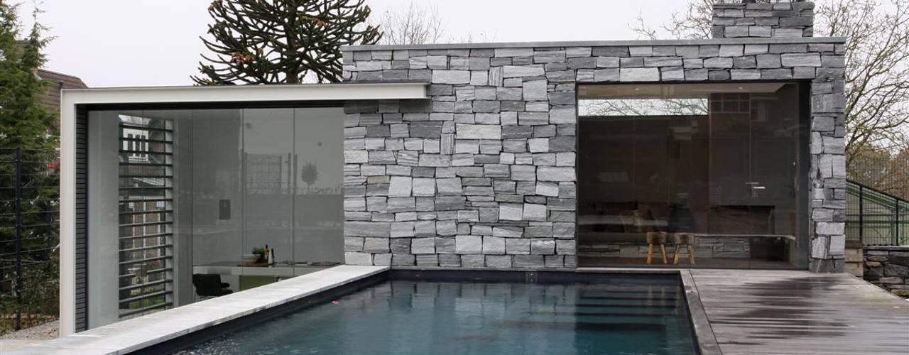 Piscinas de estilo moderno de Arend Groenewegen Architect BNA Moderno