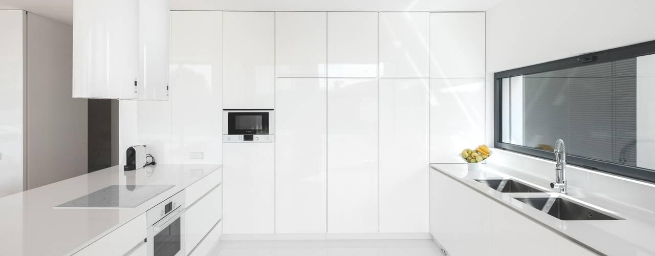 廚房 by Raulino Silva Arquitecto Unip. Lda